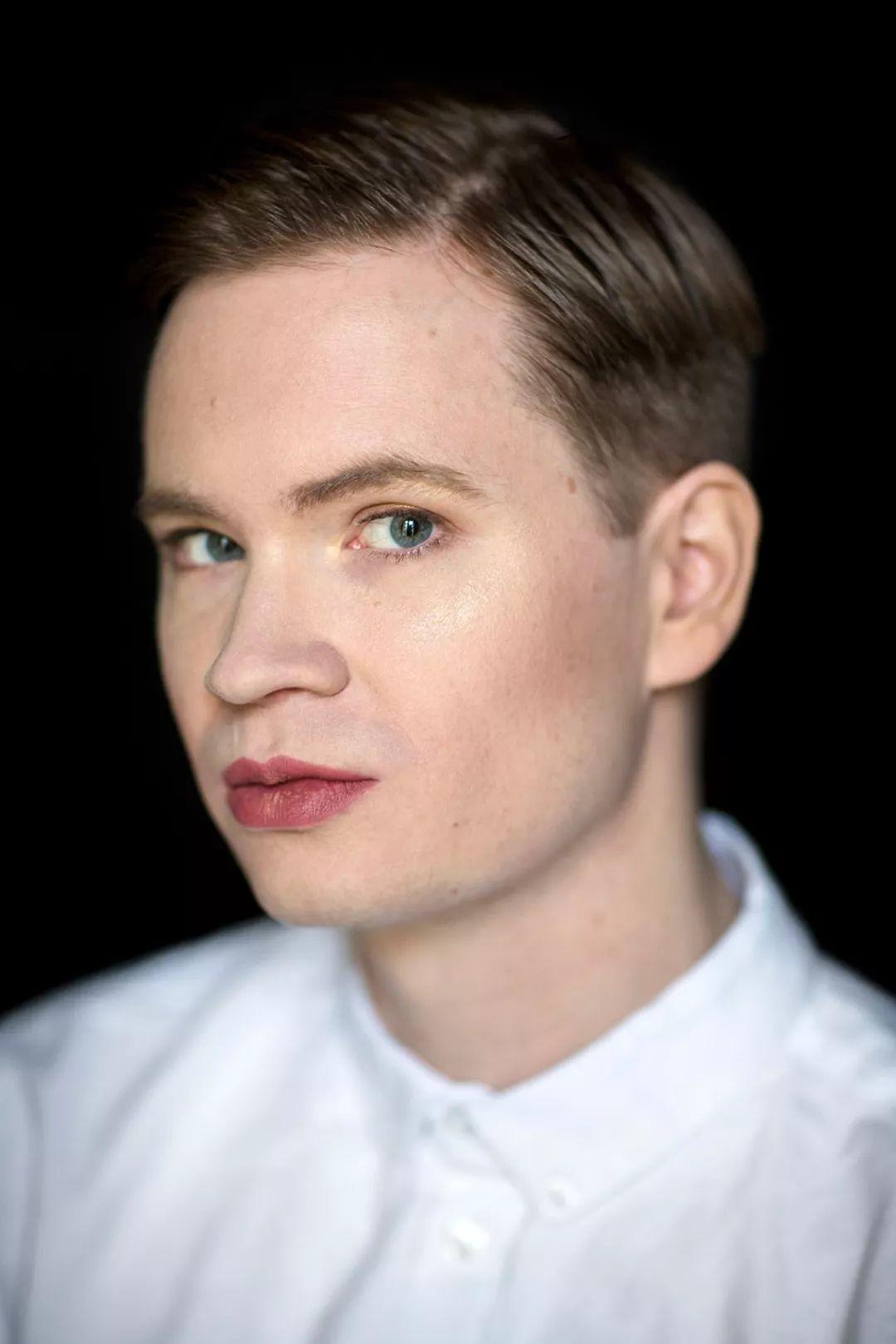 """男人不能""""搔首弄姿""""?瑞典性别摄影师:都是刻板印象的锅!"""